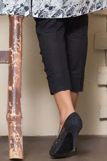 Zaibunnisa displaying Back View of Capri Trouser in Black Color